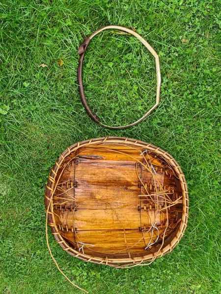 Sweet chestnut trug handle making